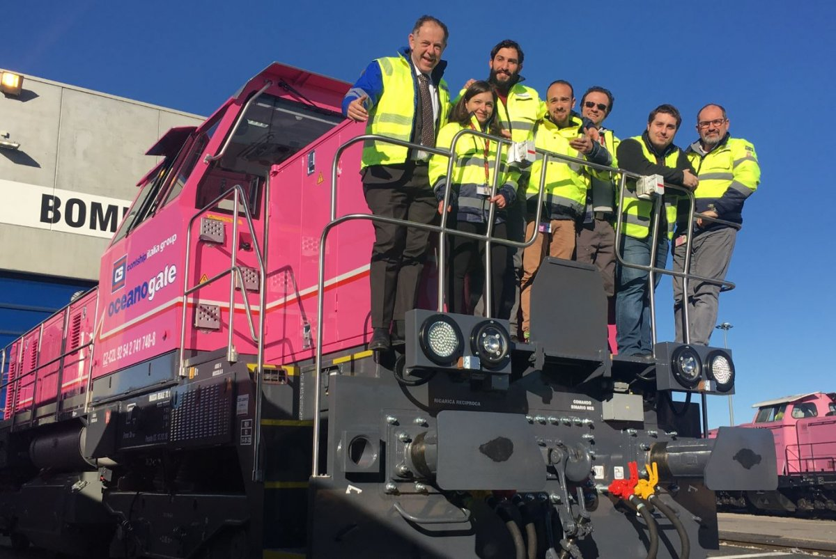 Oceanogate Team on the new Shunting Locomotive