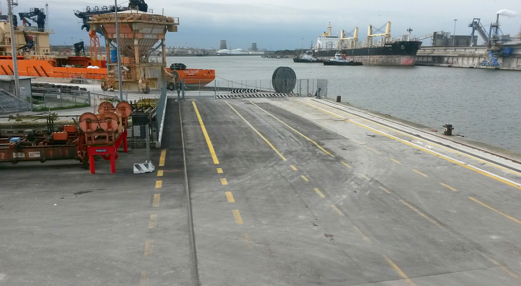 TCR stretches its potential: operational quay length
