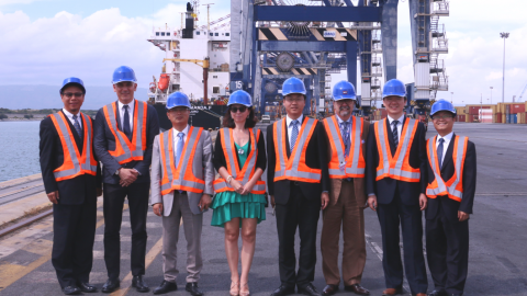 China Communication Construction Company delegation at Gioia Tauro