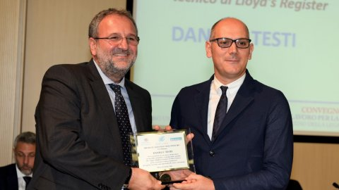 Daniele Testi receives Logistic of the Year Award 2017