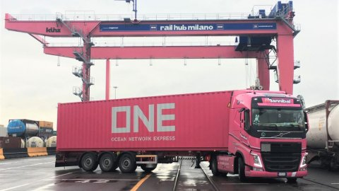 ONE Pink Container at Contship Rail Hub Milano