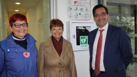 Presentation of new LSCT Defibrillators
