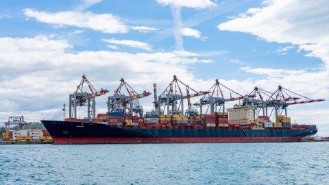 Kokura at La Spezia Container Terminal